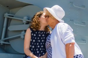How To Help A Loved One With Alzheimer's Make Decisions